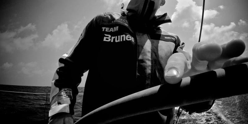 """""""Volvo Ocean Race"""": įtemptos valandos iki tarpinio finišo gali būti lemtingos"""