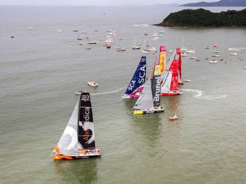 """Šeštasis etapas """"Volvo Ocean Race"""" buriuotojams žada naujus iššūkius"""