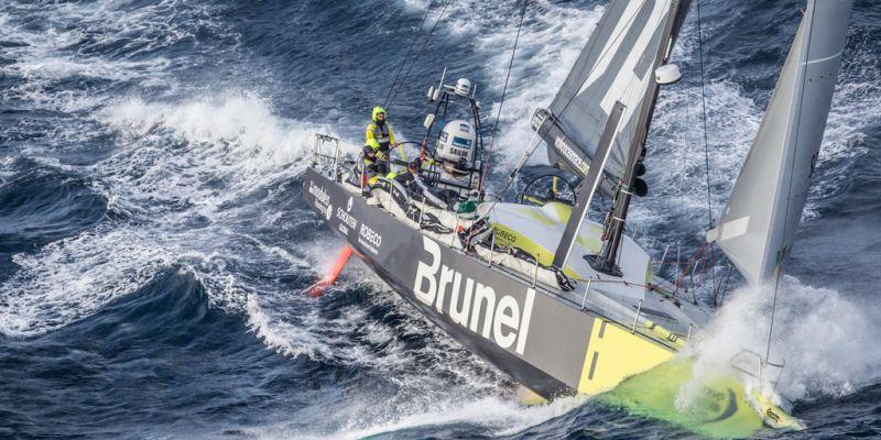 """""""Volvo Ocean Race"""": finišavę penkti """"Team Brunel"""" išplėšė antrą vietą"""